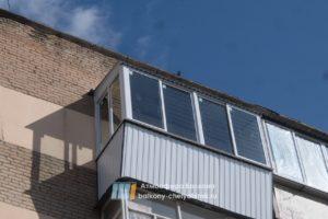 Раздвижной балкон снаружи
