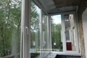 Пластиковое остекление на балконе