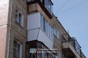 Балкон с улицы