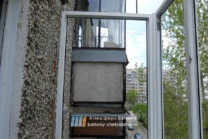 Установка рам на балконе