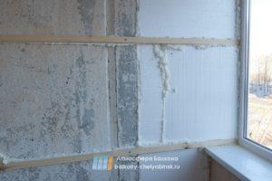 Выравнивание и стен балкона