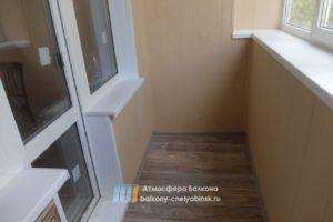 Обшивка пластиком балкона