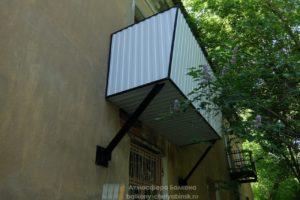 Балкон на опорах